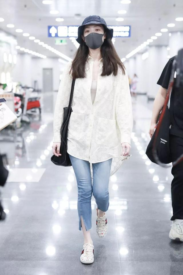 """杨幂、倪妮的穿衣风格开始走""""佛系""""路线了?"""