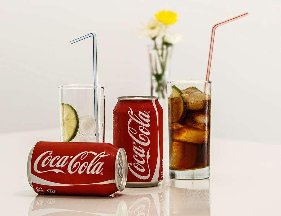 長期喝可樂的人后來都如何?這種流傳多年的說法,該還原一個真相