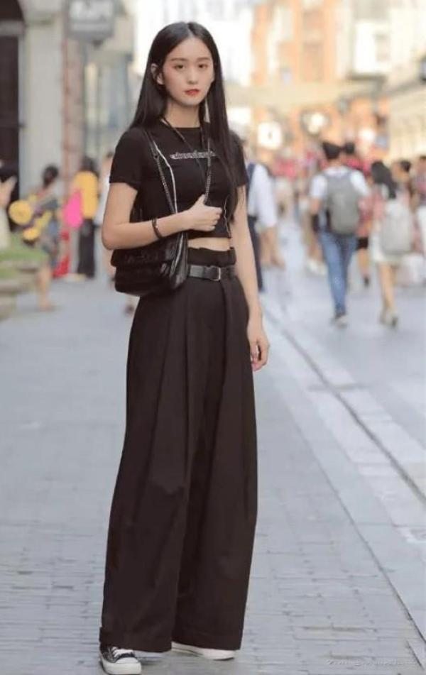 高圆圆王鸥的黑色阔腿裤,你想不想也拥有?