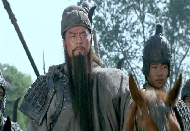 关羽对马超黄忠均有不满,为何魏延镇守汉中他却沉默了