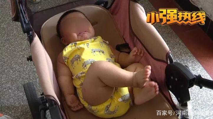 女婴出生后,母亲悲痛欲绝:还我女儿右手!