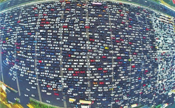 广东最容易拥堵的3个城市,一个是佛山,一个节假日拥堵更明显
