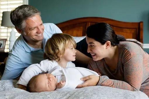 """熬过怀胎十月,产后恢复""""鬼门关""""也不能忽视"""