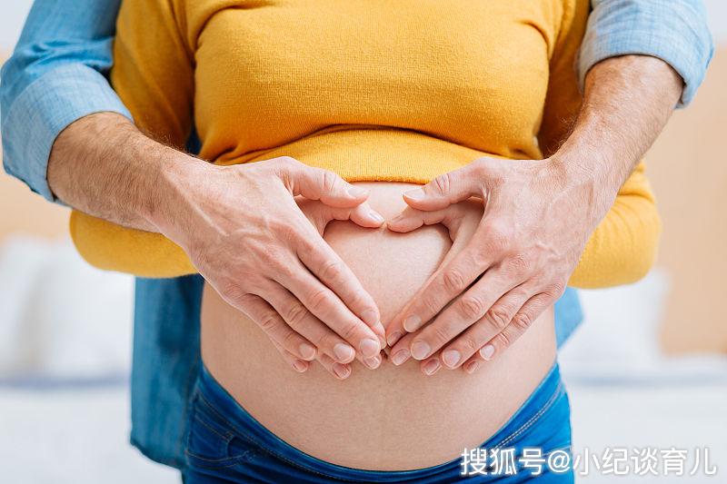 孕期产检臀位,准妈妈坚信一件事,赢得了分