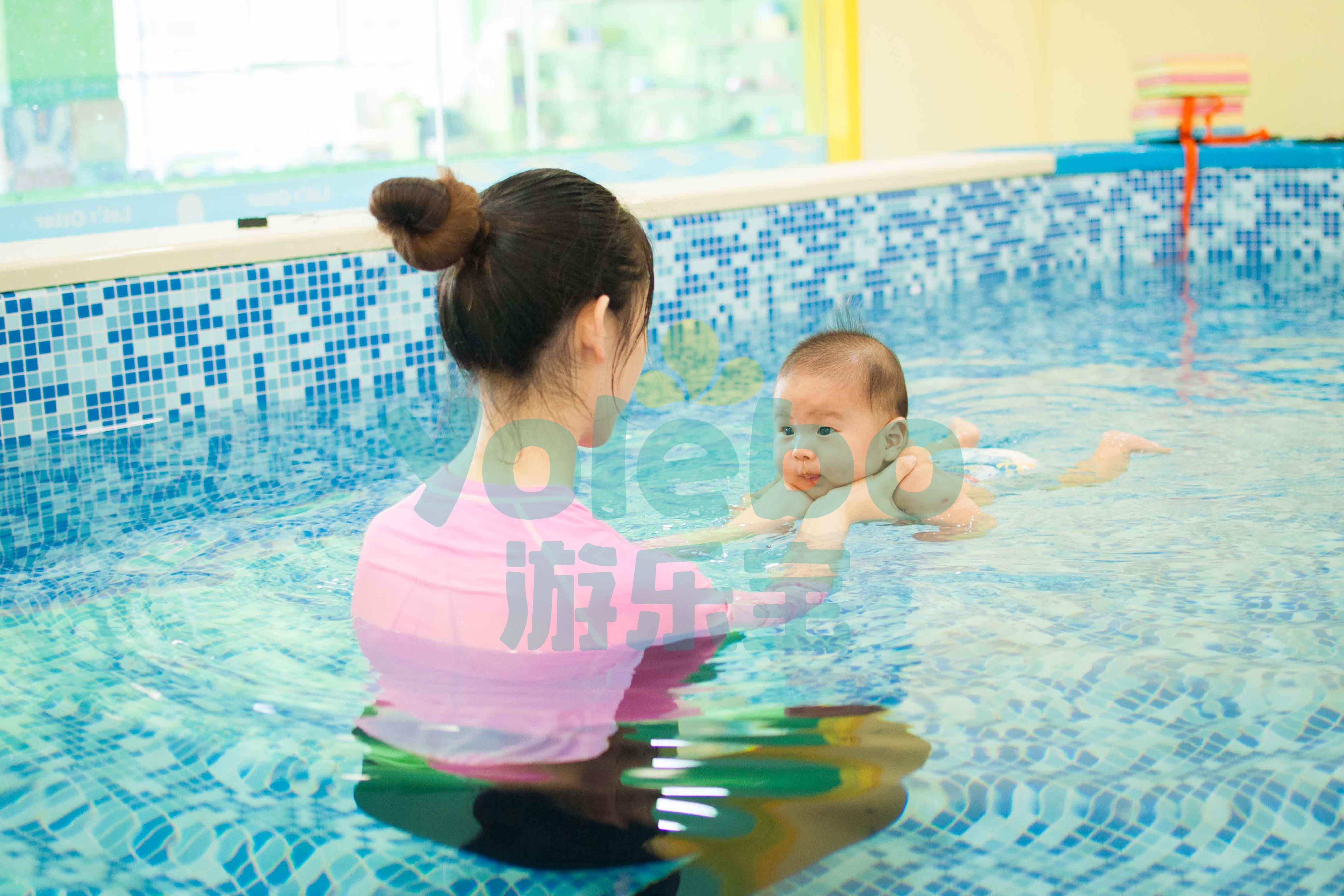作为一个合格的婴儿游泳池水育师,你需要做到哪些?