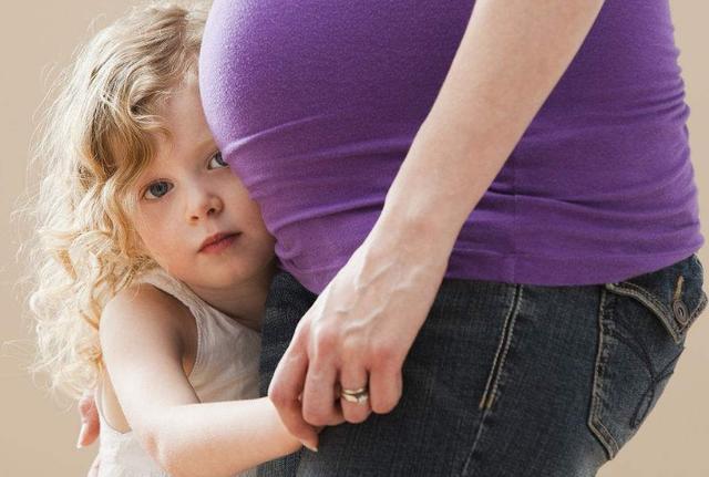 誘發孕期流鼻血的因素,這幾點很關鍵,孕媽媽們要注意