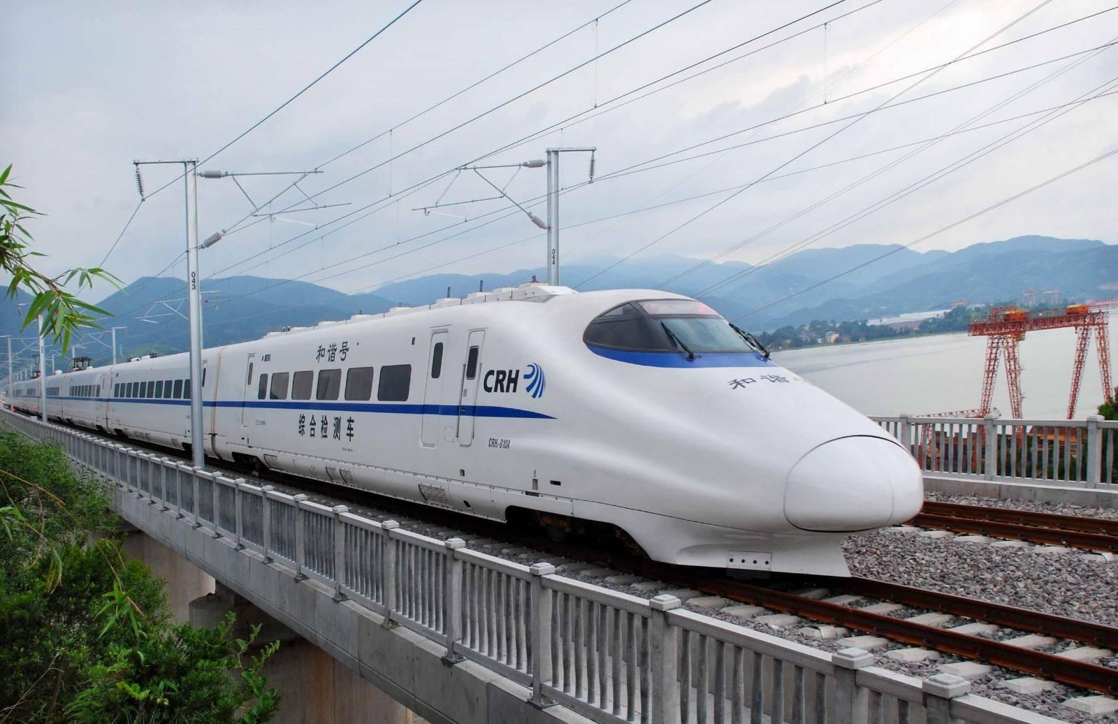 江西将要修建一条高铁,长约120公里,预计2023年底通车