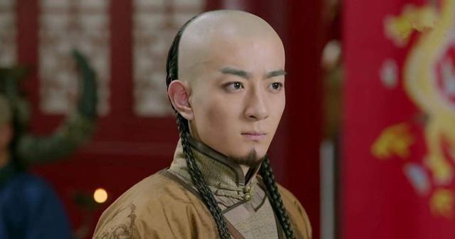 他是清朝第一位太子,被父亲幽禁致死,后代却出了两位大清皇后