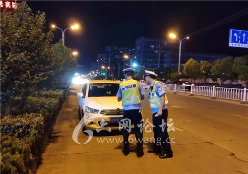 六安交警常态化夜间交通违法整治正在进行中