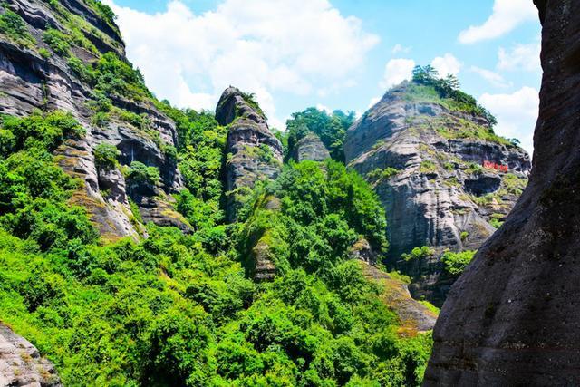 福建这座山和武夷山齐名,被誉为客家神山,名字很多人都不认识