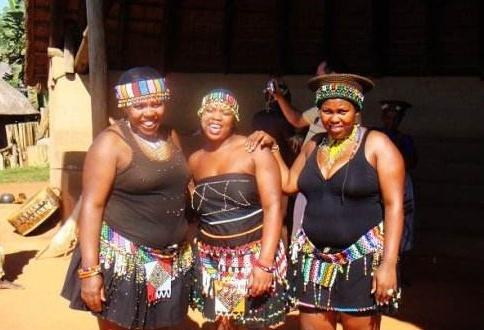 探秘南非祖鲁族原始部落,女性要想留长发要等到婚后