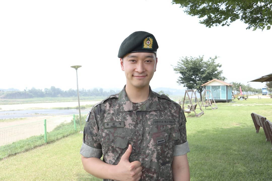 2PM黄灿盛晋升助教 继续模范军生活