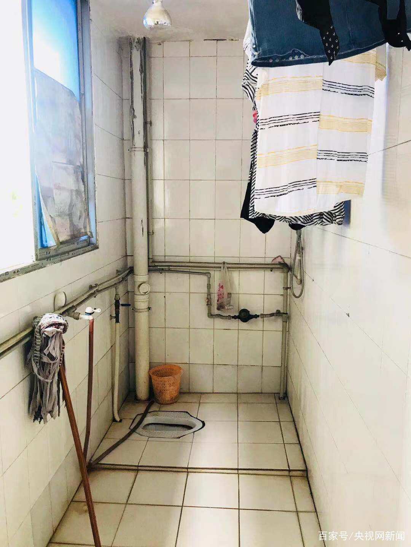 60岁房东在浴室装摄像头:历经3任女租客 存储10G