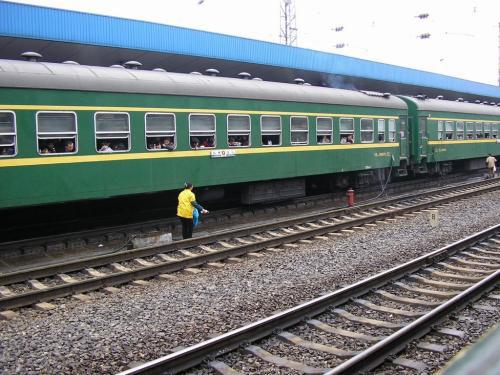 注意!贵州这 8 趟短途列车网购车票预售期仅为 5 天