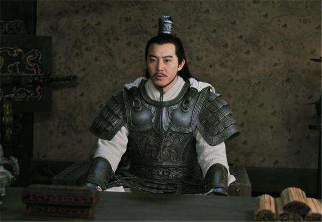 如果孙策单挑五虎上将,谁能取胜?至少有一人打不过他