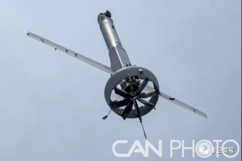 美海军陆战队进行多种无人机和水下系统舰队试验