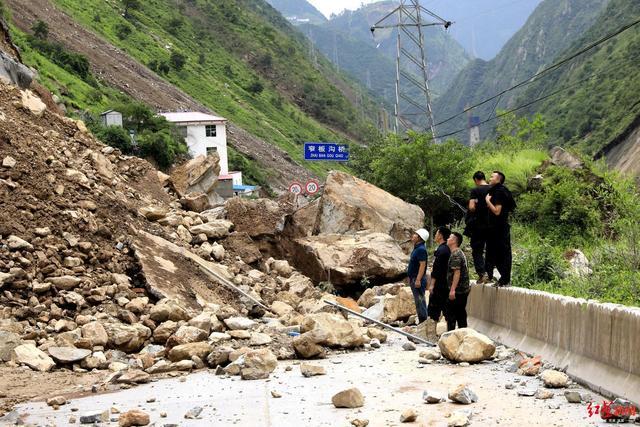 甘洛县暴雨灾害统计:26个乡镇16977人受灾,倒塌房屋27间