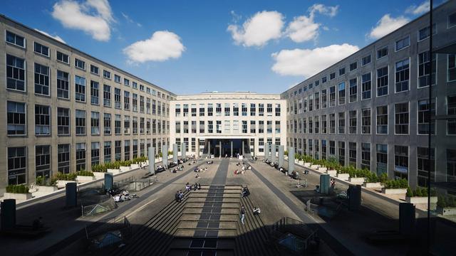 公立大学中学生毕业工资最高的大学之一—巴黎第九大学