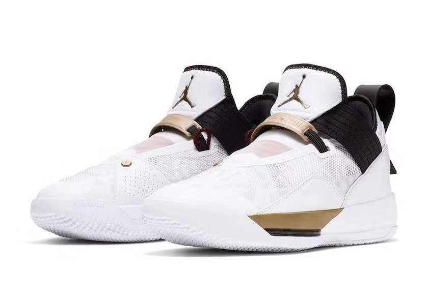 "<b>又一款以篮球世界杯为主题!这双 Air Jordan 33 SE""FIBA"" 你喜欢吗?</b>"