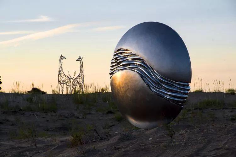 西安印刷厂从三大背景看民勤国际沙漠雕塑创作营的三个突破 行业新闻 丰雄广告第2张