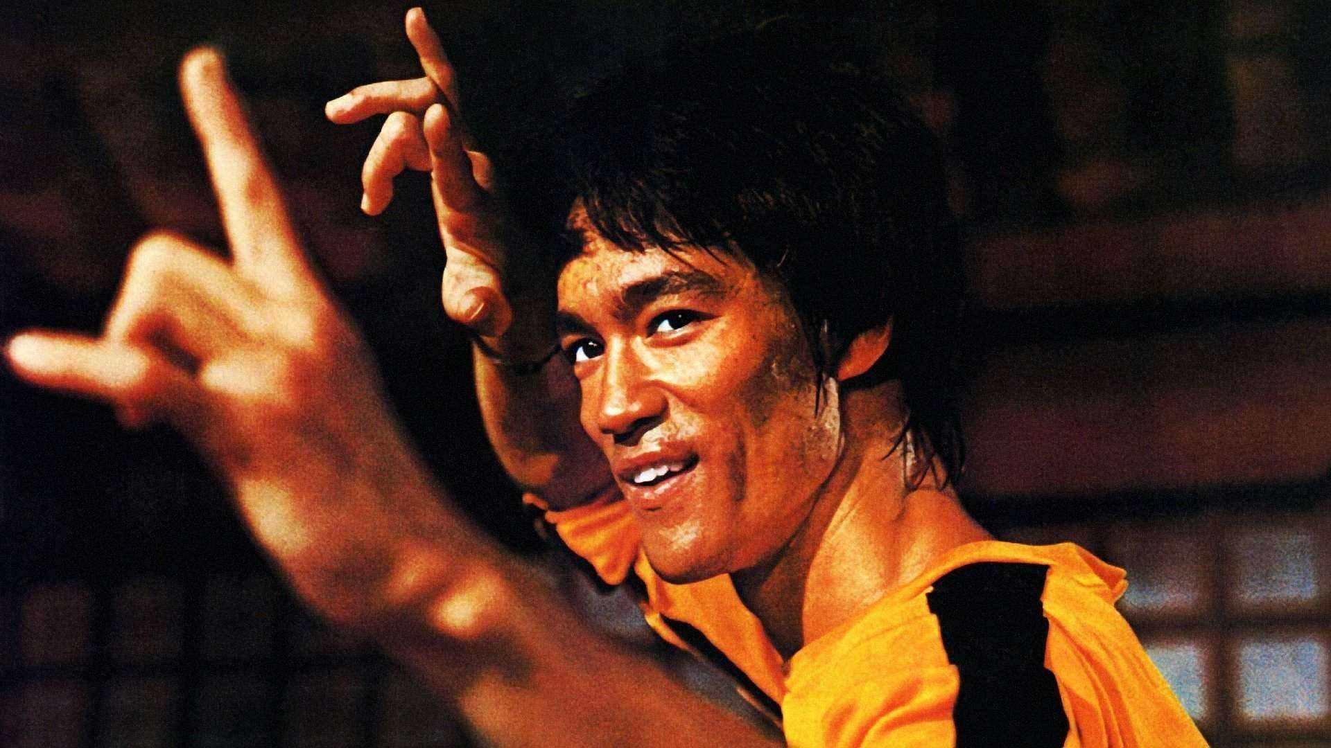 愤怒 这部电影刻意丑化李小龙,美国上映3天竟获4千万美元票房