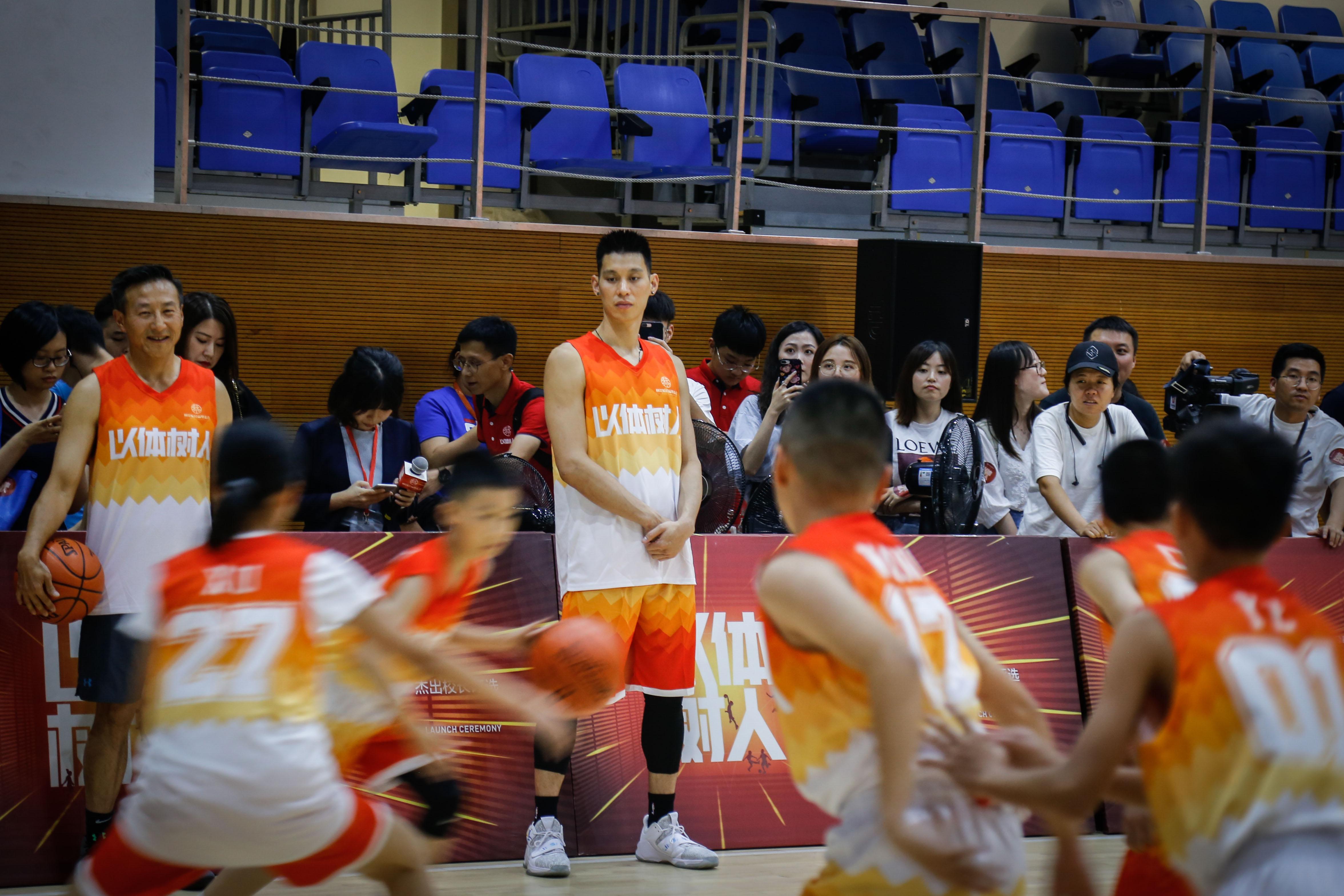 林书豪在杭州碰面蔡崇信,不为NBA合同而是为了一件更有意义的事