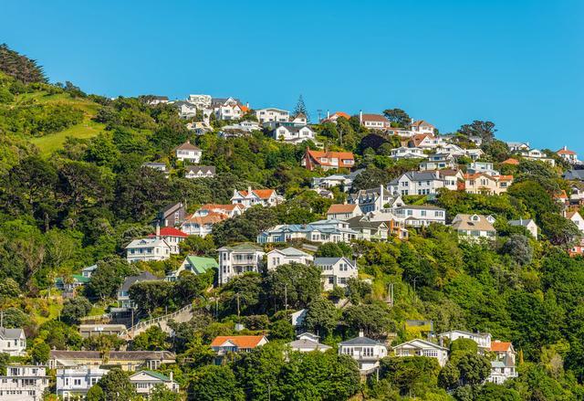 世界上最南端的首都,也是南太平洋著名旅游胜地,被称为风城