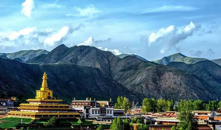 <b>2019暑期拉卜楞寺旅游,一篇适合外地人看的笔记,西北出游攻略</b>