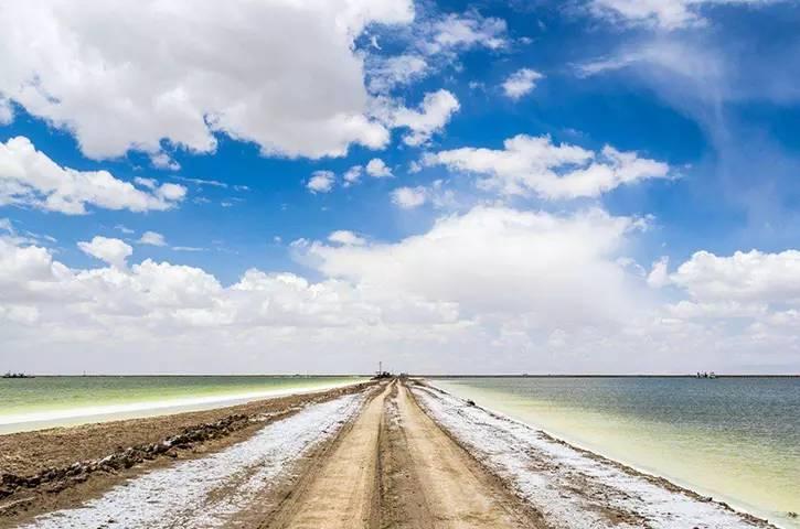 来察尔汗盐湖旅行,让你见到未见过的美景,青海出行攻略大全