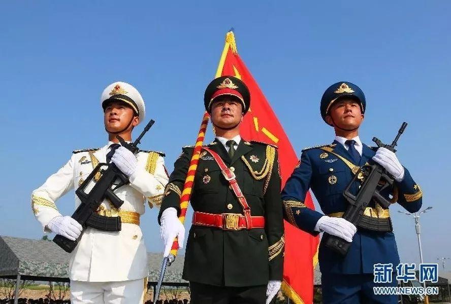 八一,向中国军人致敬!