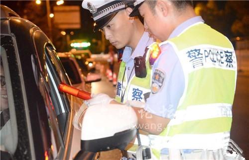 凌晨!六安街头都是警察!夜总会、KTV等全部清查...