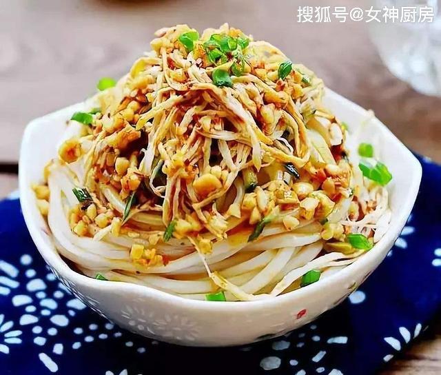 剧透《中餐厅》爆款主食鸡丝凉面秦海璐分享详细做法和烹饪技巧