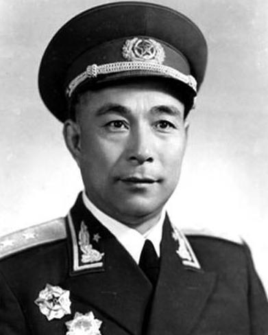 """他用兵如神,多次重创日军,爱民如亲人,被百姓称为""""菩萨司令"""""""