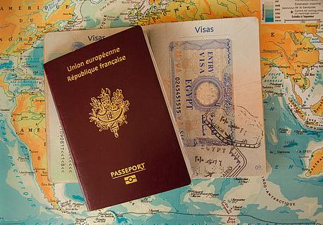 如何取舍:到期护照VS有效签证?