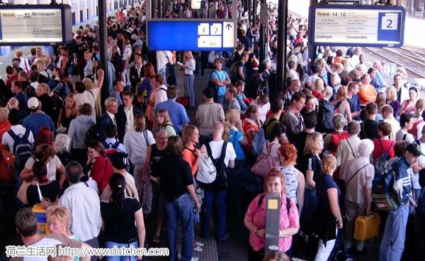 东欧人口_越南人口接近1亿,经济与贵州持平,为何还有那么多人背井离乡?
