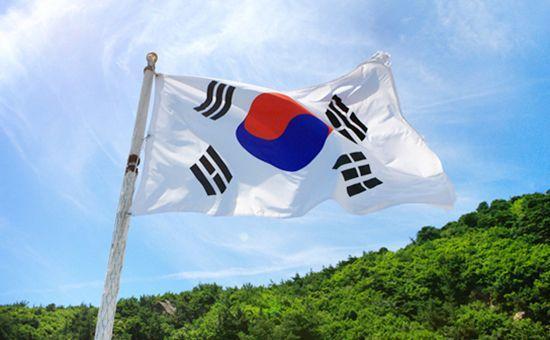 """韩国出口八连降,芯片下滑28%! 日韩博弈,美国能够""""劝和""""吗?"""