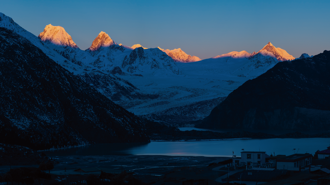 骑行滇藏线:夜宿来古村,和一群志同道合的人畅谈人生
