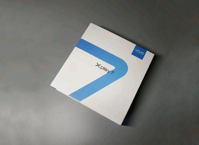 vivo XPlay7再次迎来最新消息,屏下镜头设计+5G,打造全新机皇