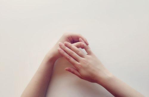 肤爱灵告诉大家如何缓解湿疹皮肤问题的5种忌讳