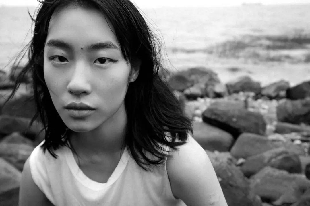 esee王紫叶丨用一颗不断探寻自我的心,开启模特的新生世界