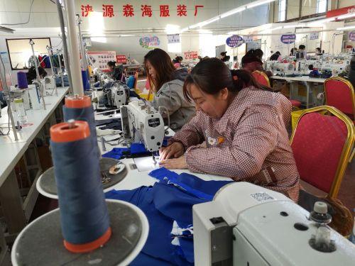 前7个月河北帮扶7万多名贫困劳动力实现就业