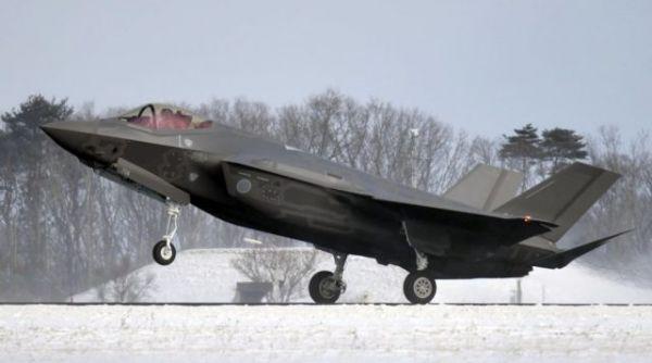 日本重启F-35A战机飞行训练 距坠机事故相隔近4个月