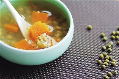 <b>不喝馋游记南瓜绿豆汤,怎么能算过了夏天</b>