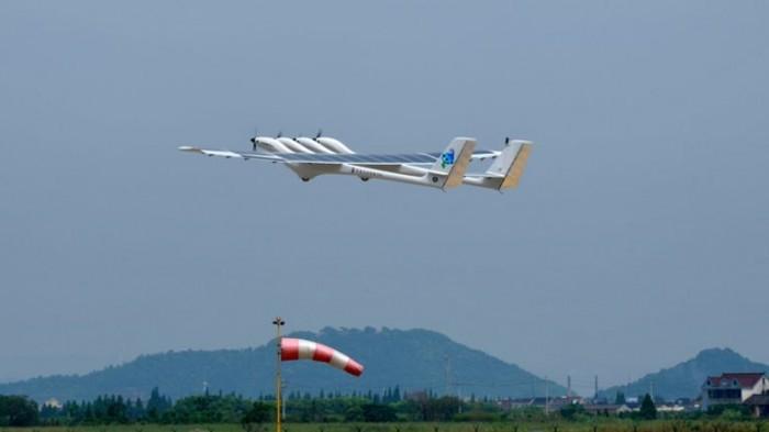 "<b>中国中大型太阳能无人机""墨子II型""首飞成功</b>"