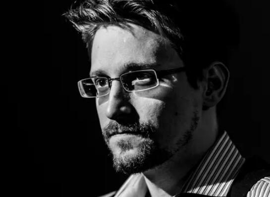 斯诺登将发行回忆录:帮美国创建监控系统是我最大遗憾