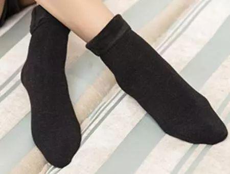 丝袜�y��y�$_产品畅销国公司目前拥有世界上最先进的丝袜织造机器及相关设备300余