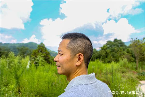 北大毕业生31岁当副县长,辞职创业又回农村任第一书记