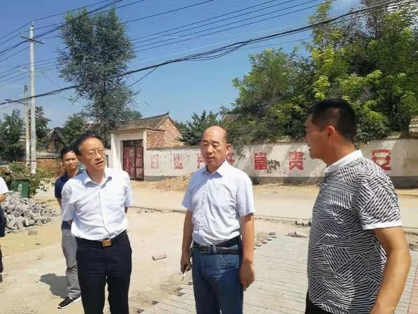市文广旅局郑秋申副局长调研基层文化服务体系建设