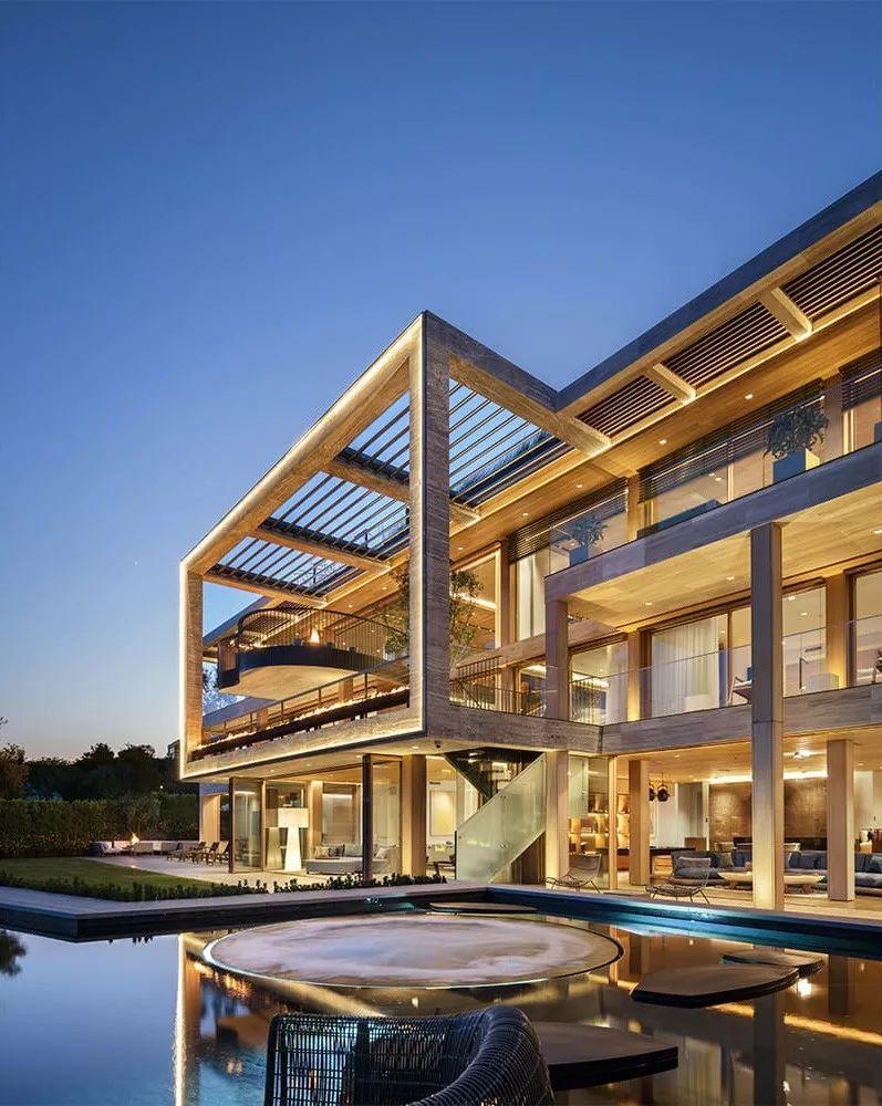 6亿一栋的别墅,看到车库就开实景了别墅眼界两层欧式图片