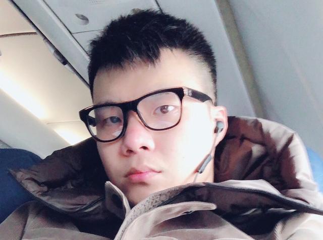 黄毅清被拘留后首次发声,感谢相关部门照顾有加,誓死揭露周立波